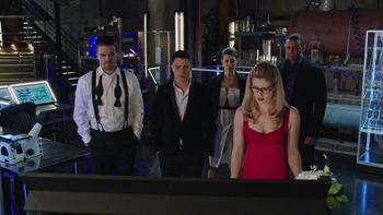 Episodio 17 (TTemporada 3) de Arrow