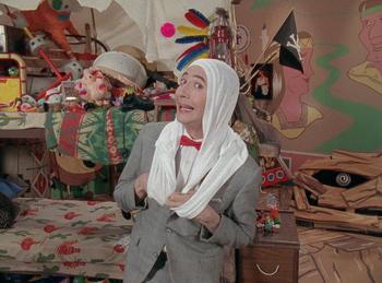 Episodio 4 (TTemporada 2) de Pee-wee's Playhouse