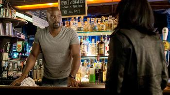 Episodio 3 (TTemporada 1) de Marvel's Jessica Jones